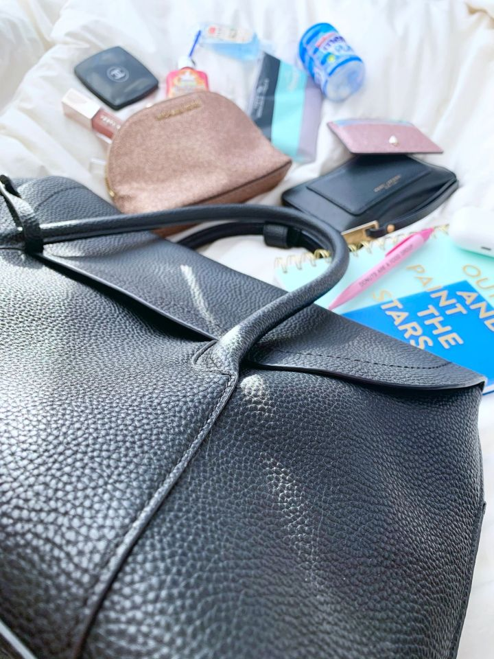 What's In MyBag?!